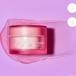 touch in SOL Icy Sherbert Primer